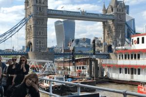 Yoshiki performing live in London
