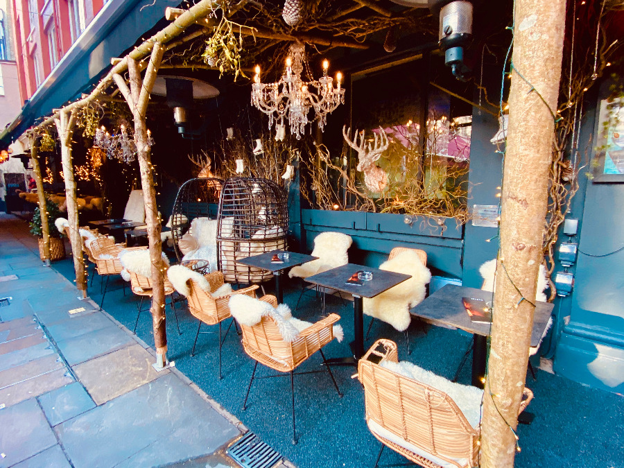 Ice Bar Cozy Winter Terrace 2019
