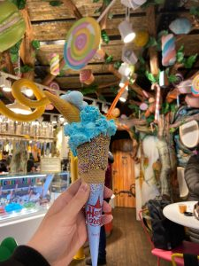 Instagrammable ice creams in London - Hans and Gretel gingerbread house