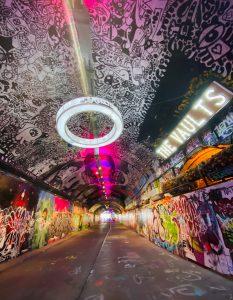 Leak Street Graffiti Tube