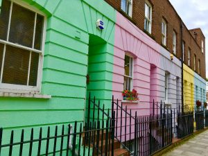 Urban Adventurer - What to visit in London - Colourful Streets Camden Town