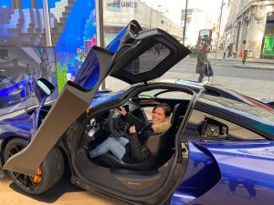 Cool things to do in London for free - virual Mclaren test drive - Urban Adventurer