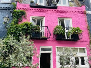 The iconic pink house from Love Actually Movie