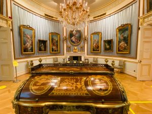 Oval Drawing Room at The Wallace Collection London